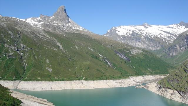 La forza idraulica unescha las regiuns alpinas - las sfidas per il futur san dentant vegnir schliadas be communablamain.