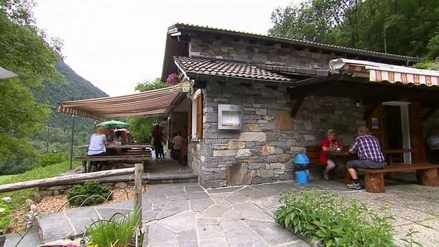 Video «Kanton Tessin – Tag 2 – Grotto Sassello, Gerra» abspielen