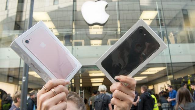 Experten zweifelten, ob das im Herbst lancierte iPhone 7 einschlägt, da es der 6-er Serie gleicht.