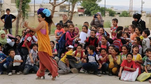 Sabine Choucair lässt im Libanon syrische Flüchtlingskinder sich selbst vergessen.