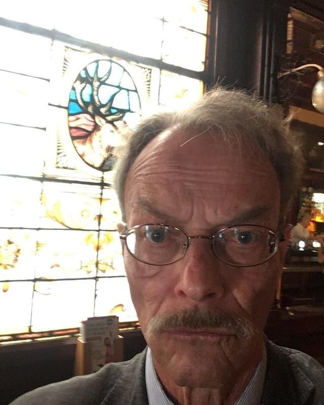 Martin Alioth im Pub «Stags Head»