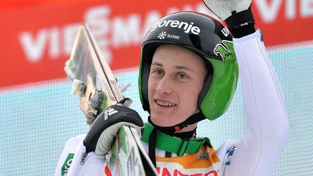 Peter Prevc che dominescha actualmain il siglir cun skis.