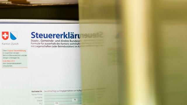 Ein Blatt mit dem Titel Steuererklärung