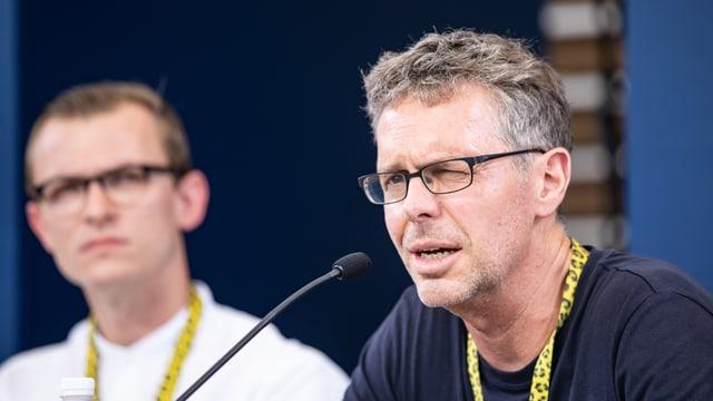 Andreas Furler im Rahmen einer Diskussionsrunde in Locarno.