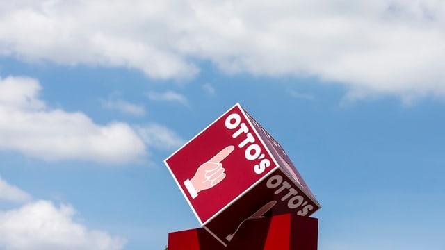 «Otto's»-Emblem am Firmensitz in Sursee