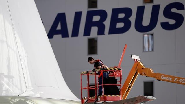Airbus è il segund-grond construider d'aviuns dal mund.