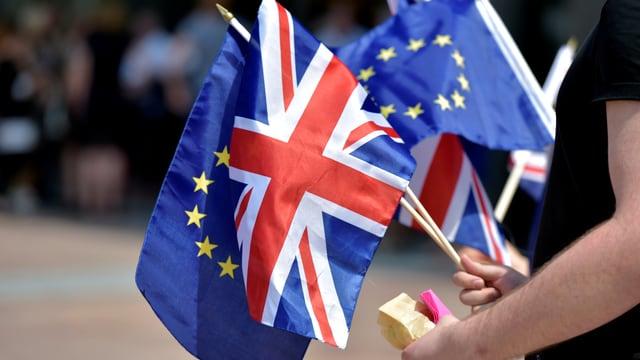 Künftig wehen sie nicht mehr gemeinsam: Britische und europäische Flaggen