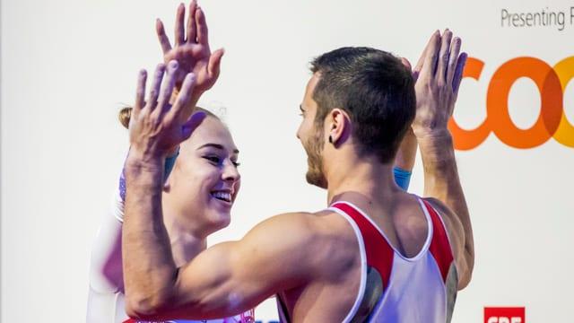 Giulia Steigruber und Oliver Hegi.