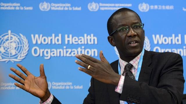 Il minister da sanadad da la Sierra Leone, Abu Bakarr Fofanah.