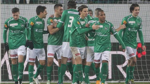 Spieler von St. Gallen jubeln.