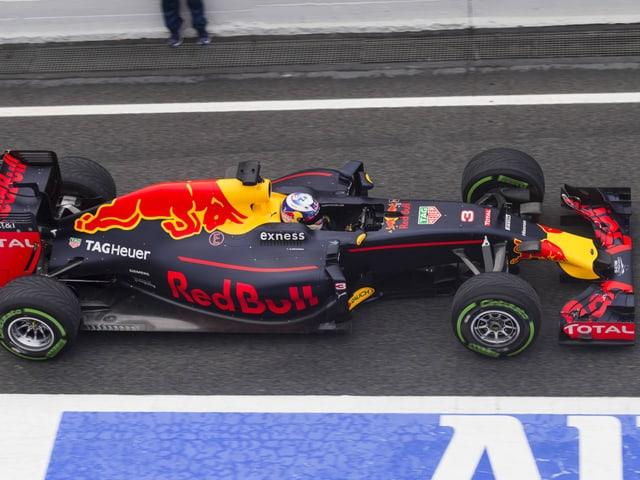 Formel 1-Team stellt neues Auto vor.