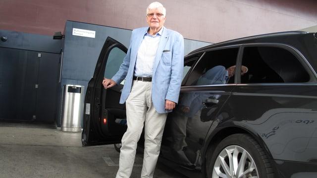 Jost Küng, der persönliche Fahrer von Festival-Intendant