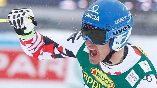 L'Austriac Matthias Mayer sa legra da sia victoria.