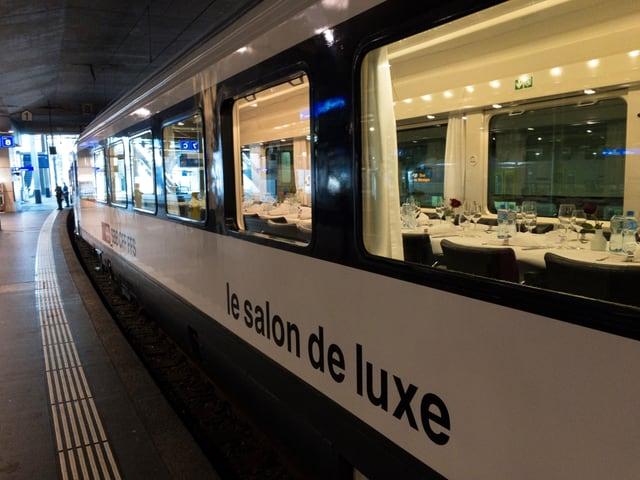 Ils vaguns da festa èn pronts per il viadi da Berna a Bellinzona.