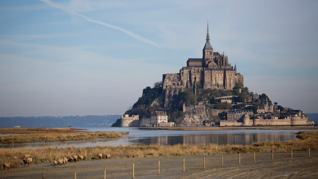 Purtret da l'insla da Mont-Saint-Michel.