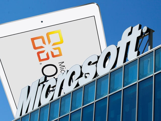 Das Microsoft-Logo, dahinter ein übergrosses iPad mit Office-Logo.
