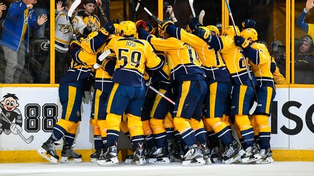 Jubelnde Hockeyspieler