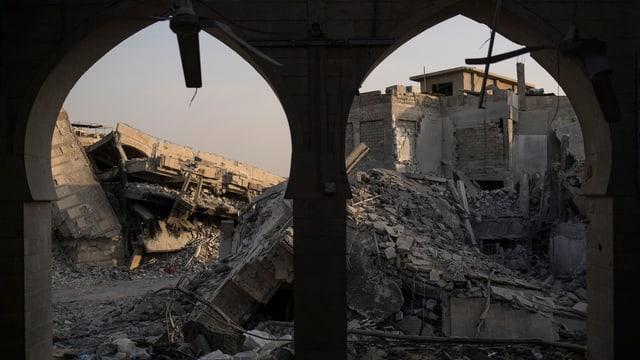 Zerstörte Häuser in Mossul.