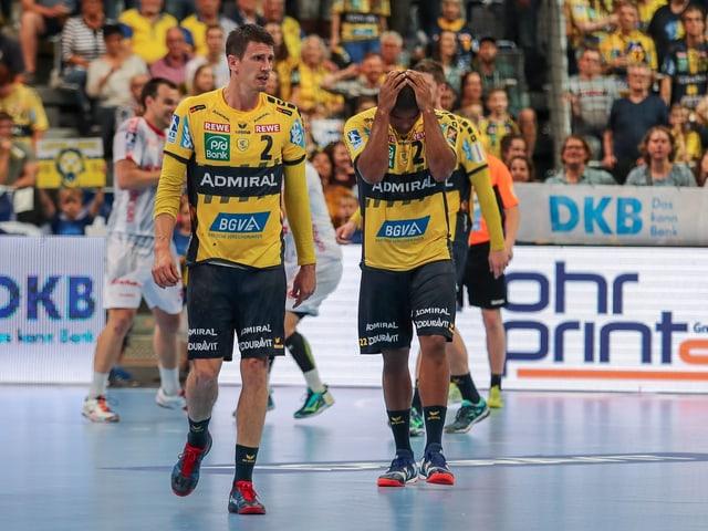 Die «Löwen» Andy Schmid (l.) und Mads Mensah Larsen.