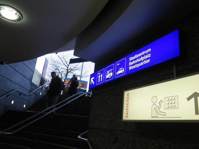 Treppe im Bahnhof Wil.