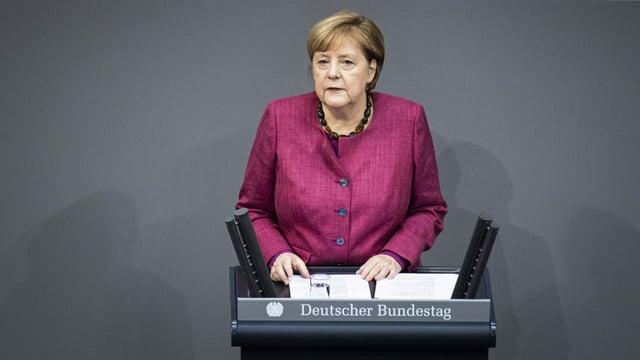 Merkel verteidigt die einschneidenden Massnahmen