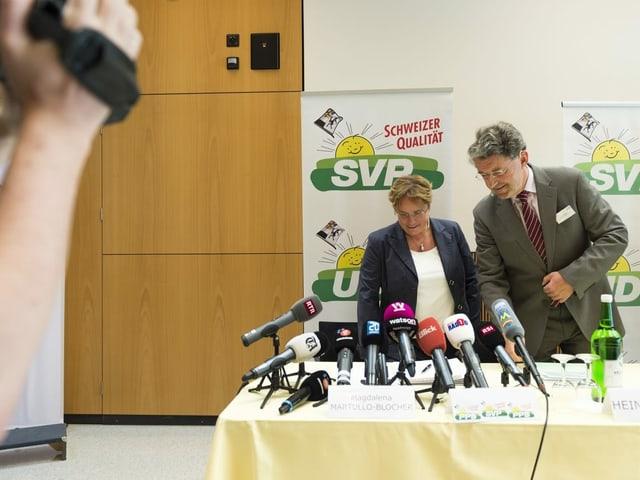 Heinz Brand preschenta la candidata Magdalena Martullo Blocher.