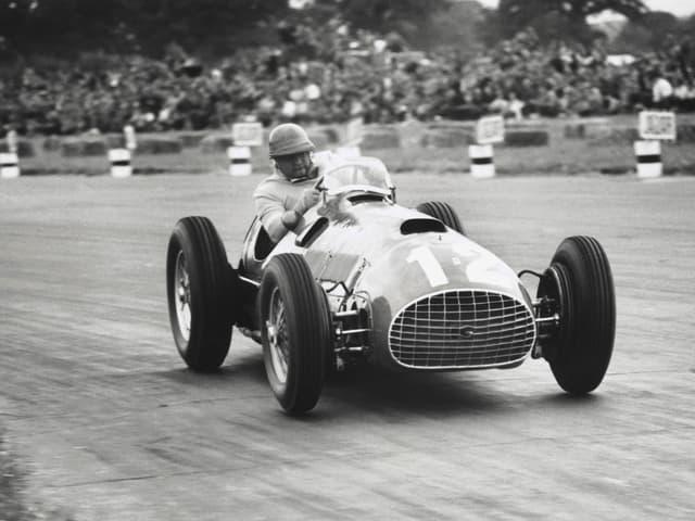 José Froilan Gonzalez im Ferrari.