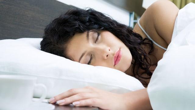 schlafende Frau.