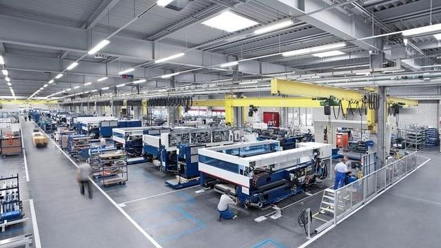 Maschinen in einer Halle