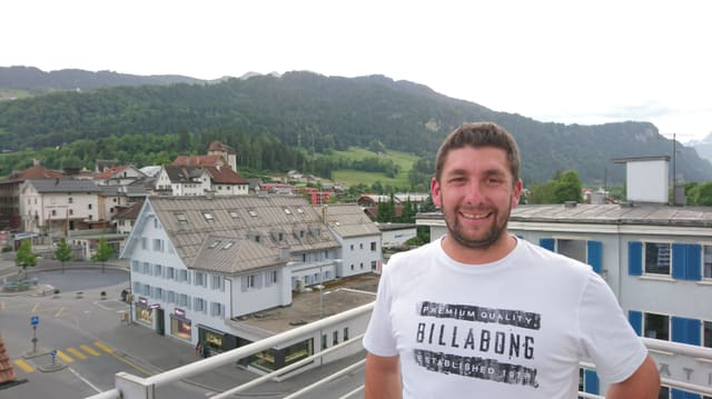 Joël Brunold, scolast da skis e maina project dal nov parc per uffants.
