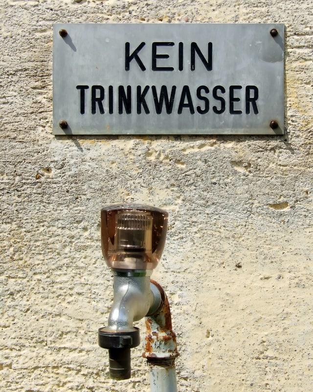 Kein Trinkwasser, Schild