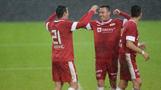 Zürichs Adis Jahovic (l.) trifft im Viertelfinal auf seinen Ex-Klub Wil.