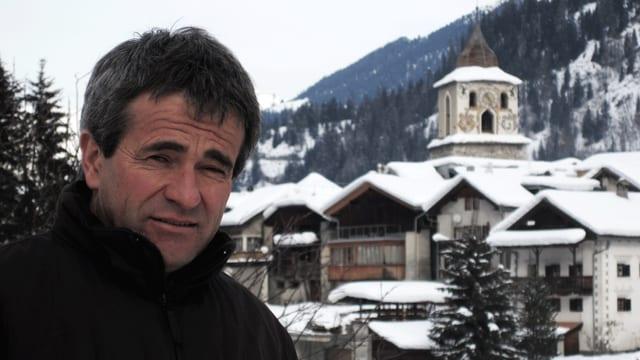 Peter Nicolay il 2012 sco nov elegì president communal da Bravuogn.