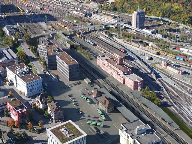 Visualisierung des Muttenzer Bahnhofs, nach dem geplanten Ausbau.