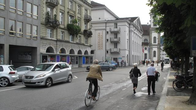 Blick auf die Luzerner Bahnhofstrasse.