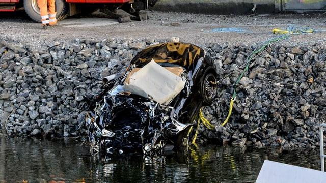 auto demolì vegn tratg a riva