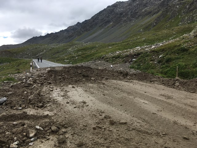 Bova sin la via dal Pass dal Flüela