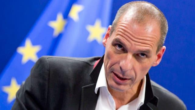 Purtret da Giannis Varoufakis, minister da l'intern grec.