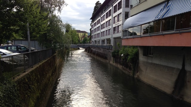 Fluss in Stadt