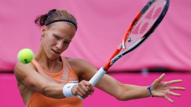 Victorija Golubic, qua en acziun al turnier da WTA en il Giapun.