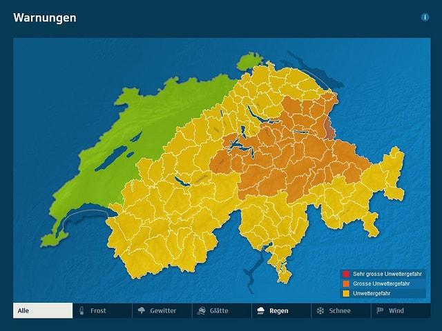 Die Schweizerkarte zeigt die Unwettergefährdung. In den Alpen der Zentral- und Ostschweiz ist die Unwettergefahr durch Regen gross.