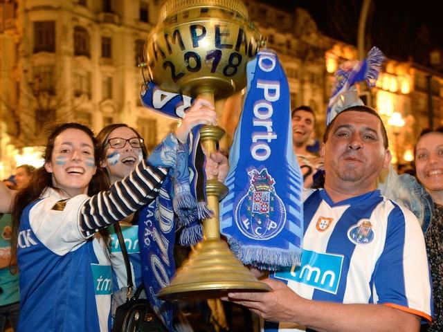 Die Porto-Fans.
