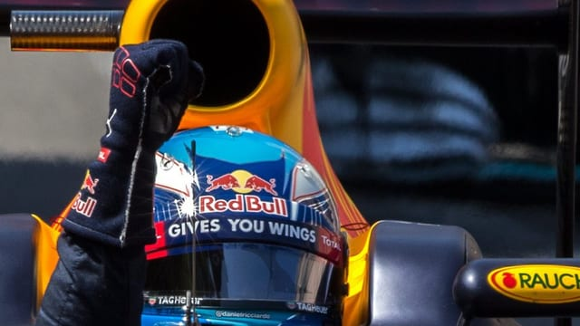 Daniel Rikahdou sin Red Bull