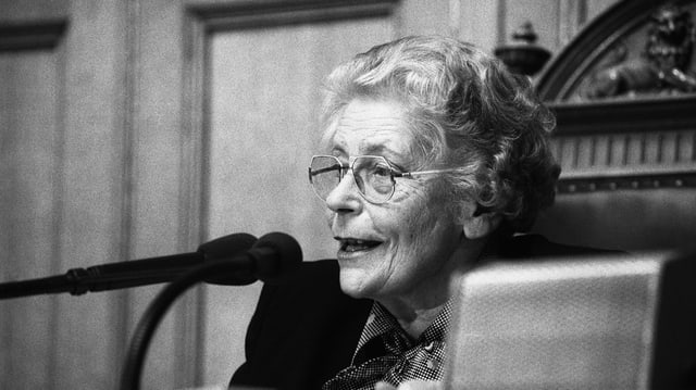 Elisabeth Blunschy im Nationalratssaal