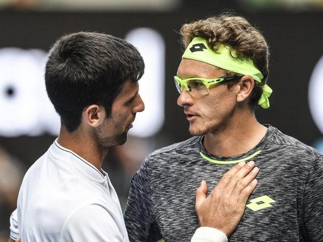 Novak Djokovic gratuliert Denis Istomin zum Sieg