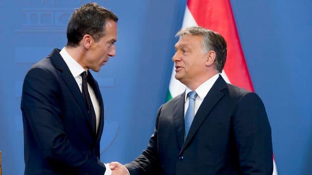 Il chancelier austriac Chirstian Kern (sanester) ed il primminister ungarais Victor Orban.