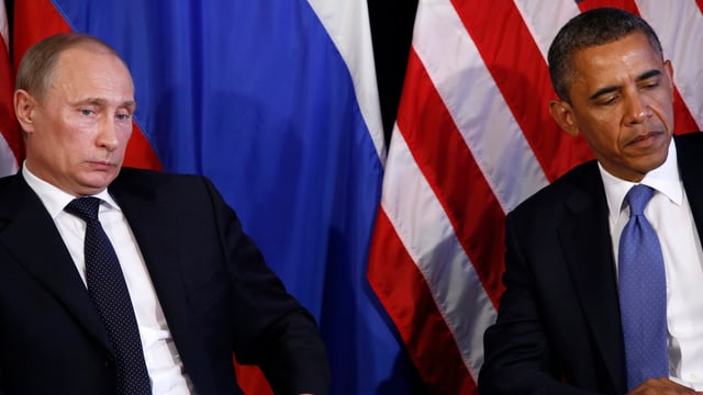 Putin (links) und Obama bei einer gemeinsamen Medienkonferenz; die eisige Atmosphäre ist mit den Händen zu greifen.