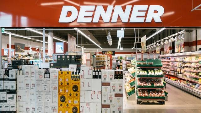 Entrada d'ina filiala da Denner.