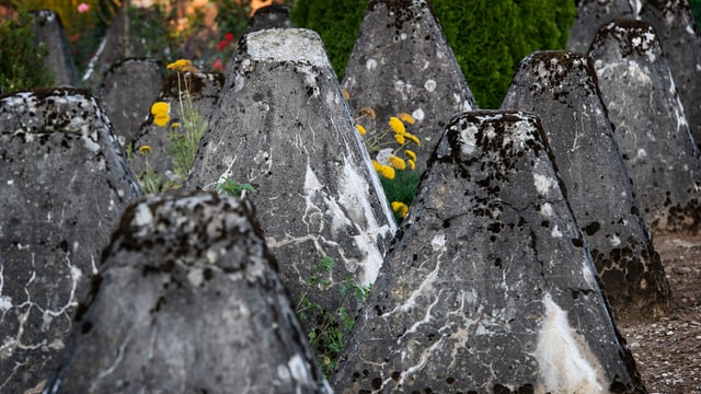Panzersperren aus Stein