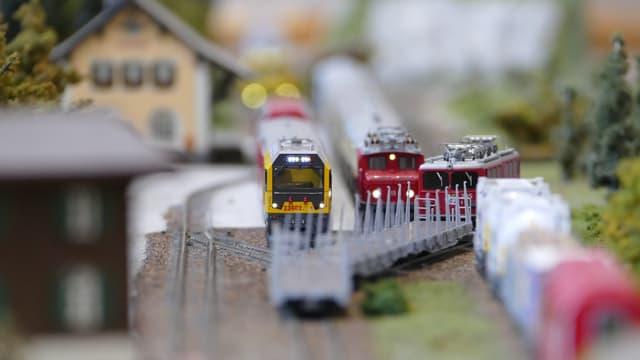 Züge fahren